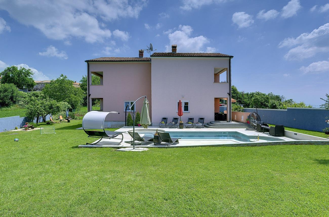 villa 459 istrien blaue adria ferienwohnungen und. Black Bedroom Furniture Sets. Home Design Ideas